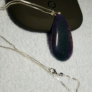 """Jewelry - Pendant with 22"""" chain"""
